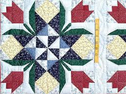 Tulip Time Patchwork Quilt -- outstanding smartly made Amish ... & ... Burgundy Tulip Time Patchwork Wall Hanging Photo 3 ... Adamdwight.com
