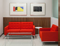 It's topped with glass or solid marble and stands on a polished chrome base. Florence Knoll Coffee And End Tables Knoll