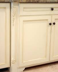if your kitchen s oak or cherry panels look dated and dreary solid colors antique glazes and accents like darkened corners or detailed edges can update