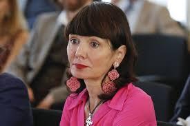 Elisabetta Sgarbi lascia Bompiani e fonda La Nave di Teseo - Lettera43