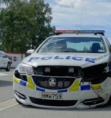 Police car rammed, road spikes deployed, during chase in Wanaka - NZ ...