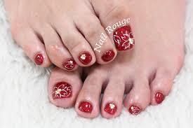 赤いラメに手描きの桜柄フットネイル ネイルルージュの店長ブログ