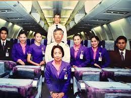 Thai Democratic Movement in Scandinavia -  ขบวนการประชาธิปไตยไทยในสแกนดิเนเวีย: รักแรกพบระหว่างราชินีและกษัตริย์ฯ