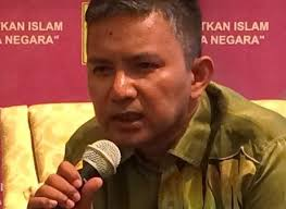 Hasil carian imej untuk DR. KAMARUL AZAMAN YUSOFF