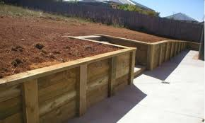 how to build small wood retaining wall