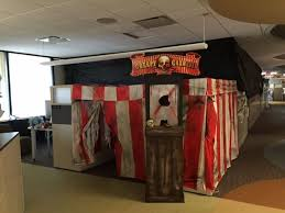 office decorating ideas for halloween. Cubicle Decorations Ideas Halloween Decorating Who Has Their Set Up In Office I Mean Guess This For E