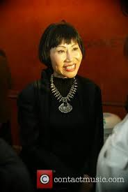 amy tan mother tongue essay in her short story mother tongue amy tan claims her chinese crawford vs postol live english