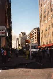 days in new york city a photo essay c 1 30pm about 40 minutes after the collapses knowing the city was being closed down i decided to go out to get food and cash