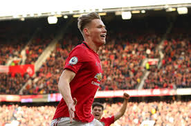 And solskjaer revealed mctominay, who was sporting a lockdown haircut, enjoys being in the box thanks to playing as a striker in his youth. Scott Mctominay Hair With Hairbond The Best Hair Products