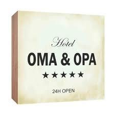 Holzschild Hotel Oma Und Opa Holzbild Zum Hinstellen Oder Aufhängen B