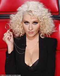 voice judge christina aguilera view gallery perfectly polished the star looked slender and flawless with her hair curled in a blonde christina