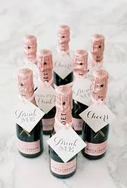 27 Coolest Drinkable Wedding Guest Favors
