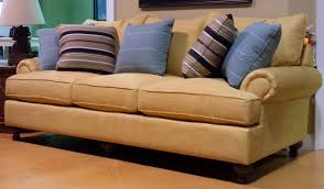 Traditional Living Room Furniture Stores Craftmaster Traditional Sofa The Official Hemlock Cottage And