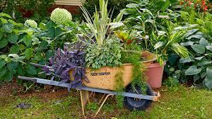 wheelbarrows garden carts more ways