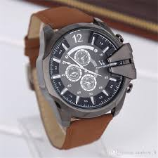 2016 new men s watches young men sports watch male watch classic colors and understated but yet beautiful shape which is part of men s watches a variety of colors to choose from unique design specifically for