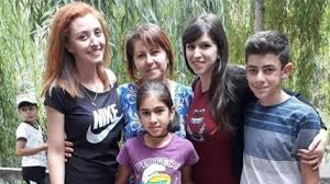 Картинки по запросу Արայիկ Խանդոյանի ընտանիքը
