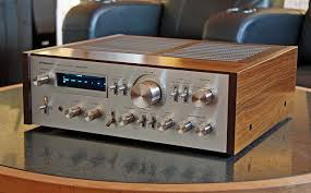 vintage pioneer amplifiers. i made the daring move to purchase a pioneer sa-8800 amplifier off of ebay in hopes experiencing vintage audio movement. had heard rumors that some amplifiers