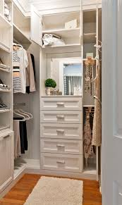 20 Scandinavian Closet Design Ideas