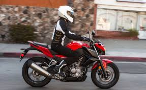 2018 honda 300f. exellent 2018 handlebars instead of clipons give the rider a nearly upright riding  position throughout 2018 honda 300f