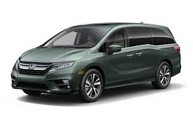 2018 Honda Odyssey Front Three Quarter  Y