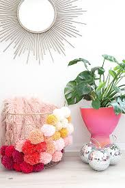 diy crafts to do with friends beautiful 25 fun and easy diy pom pom crafts to