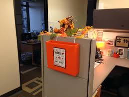 decor for office thanksgiving inbox outside my cubicle ideas decorations