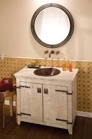 Choosing Bathroom Cabinets