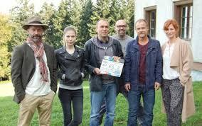 Seit 2017 wird die vorabendserie wapo bodensee in der ard ausgestrahlt. Die Toten Vom Bodensee Familiengeheimnis Film 2015 Trailer Kritik Kino De