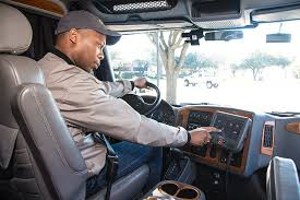 Electronic Logging Devices: A Struggle for Truckers | Trucks.com