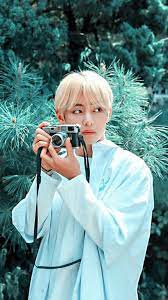 We hope you enjoy our rising collection of bts wallpaper. 5 Minutes A Day Taehyung Kim Taehyung Wallpaper Kim Taehyung Taehyung