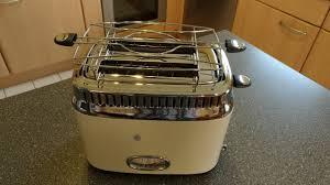 <b>Russell Hobbs 21682-56 Retro</b> Vintage Cream Toaster mit stylischer ...