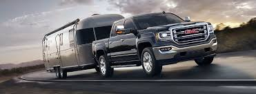 What Does Towing Capacity Mean? Our Experts Tell You All About ...