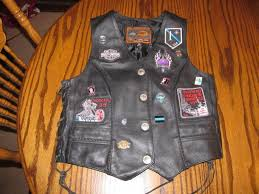 first classic las leather vest with harley davidson patches pins size small