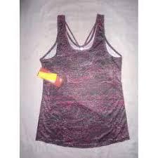 Harga Atasan, Kaos & Polo Shirt New Balance Wanita Original ...