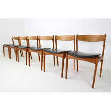 teak dining table and chairs set of 6 danish teak dining chairs by erik buch for
