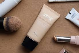 Foundation Review Dior Forever Perfect Mousse A Model