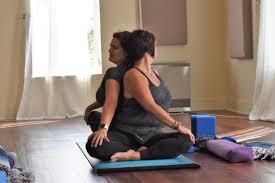 partner yoga twist