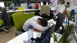 office nap. Plain Office Lunch Nap In Vietnam Office Face On Table On Office Nap P