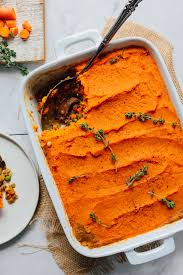easy sweet potato pie recipe. Simple Easy White Ceramic Baking Dish Filled With Lentil Shepherdu0027s Pie A Sweet  Potato Crust In Easy Recipe O
