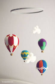 diy hot air balloon mobile free pattern hot air balloon mobile 2 prudent baby ideas peanut s room hot air balloons air balloon and