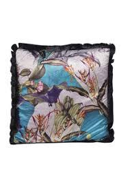 Купить <b>подушки</b> бархатные в интернет-магазине Lookbuck