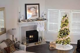 creative apartment holiday decor ideas