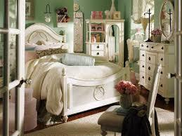 Small Cosy Bedroom Small Cozy Bedroom Ideas