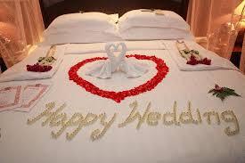 bed decoration on wedding night