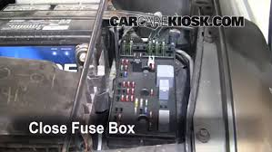 carcarekiosk com 2000 Saturn Station Wagon Fuse Box 6 replace cover secure the cover and test component