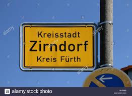Zirndorf, Alemania - 28 de abril de 2018: Vista de la ciudad, signo de  Zirndorf. Zirndorf es