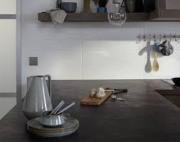 Eine bodenfliese in der küche sollte widerstandsfähig sein, damit herunterfallende küchenutensilien die. Kuchenfliesen