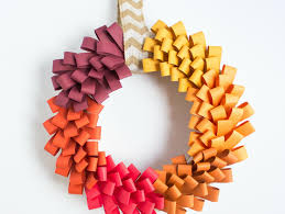 diy ombre paper loop wreath