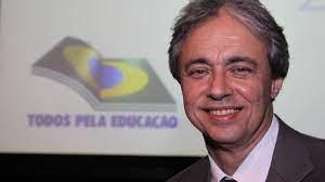 Bancada evangélica reage a nome de Mozart Neves para o Ministério da  Educação