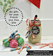 the happy housie diy gifts for your friends and their kids peppermint sea salt scrub